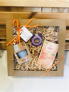 Picture of Little Organics Nursing Tea baby Hamper